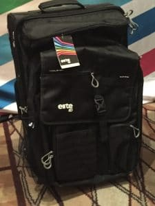 Tour bag with detachable backpack